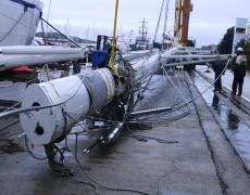 Disassembly  of the mast